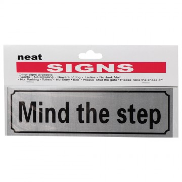6*20 MIND THE STEP SIGN
